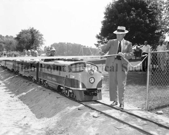 City Lake Train May 1959 Ribbon Cutting